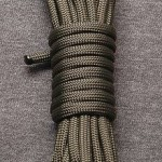 220px-Paracord-Commercial-Type-III-Coil