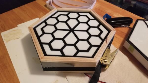 wood-frame-segments-glue